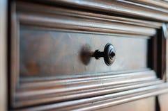 Détail des meubles en bois antiques Photographie stock libre de droits