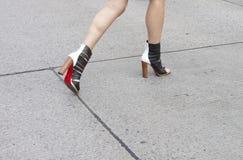 Détail des talons hauts des femmes à New York Photo stock