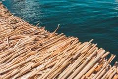 Détail du totora, île d'Uros, lac Titicaca, Pérou images libres de droits