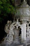 Détail en parc - vieille statue en pierre du héron, Quinta da Regaleira Palace dans Sintra, le Portugal Images stock