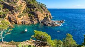 Détail gentil de Costa Brava côtier en Espagne images stock