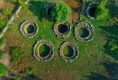 Détail romain de puits dans Rajcice près de fente images libres de droits