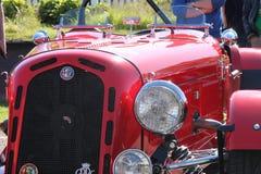 Détail 1930 rouge d'avant du ` s de voiture de sport d'Alpha Romeo 6C mi Photographie stock