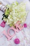 Détails d'amour et de décoration de Word au-dessus de blanc Photographie stock