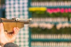 Détails d'un tir d'arme à feu aux jouets chez Oktoberfest Photos stock