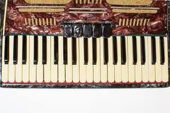 Détails d'un vieil accordéon, vue de plan rapproché photos stock
