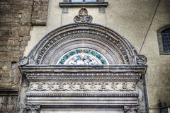 Détails d'une vieille porte dans le hdr à Florence Photos stock
