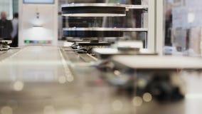 Détails de balayage assistés par ordinateur de système de qualité sur le convoyeur banque de vidéos