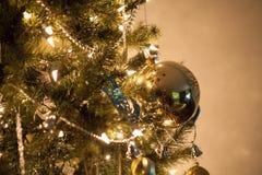 Détails de décoration d'arbre de Noël Image libre de droits