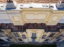 Détails de la villa d'Arconati, des fenêtres de statue et des balcons Villa Arconati, Castellazzo, Bollate, Milan, Italie Silhoue Photos stock