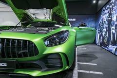 Détails 2018 V8 Bi-turbo, phare extérieurs GTR verts de Mercedes-Benz AMG Front View Détails d'extérieur de voiture Photo stock