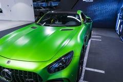 Détails 2018 V8 Biturbo, phare extérieurs GTR verts de Mercedes-Benz AMG Front View Détails d'extérieur de voiture Images stock