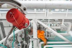 Détecteur du feu et de gaz, système de détection du feu et de gaz sur le pétrole et la plate-forme de gaz photographie stock
