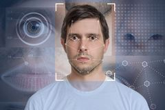 Détection de visage et reconnaissance de l'homme Vision d'ordinateur et concept d'apprentissage automatique image libre de droits