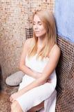 Détente dans le sauna Photo libre de droits