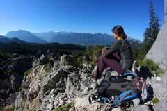 Détente dans les montagnes Photo libre de droits