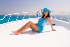 Détente sur la croisière de yacht Images stock