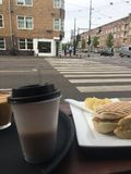 Détente sur la ville d'Amsterdam photo libre de droits