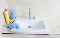 Détergent et lavabo photos stock
