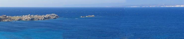 Détroits de Bonifacio et de la Corse Image stock