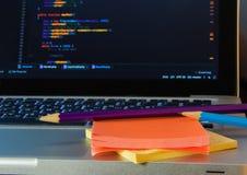 Développement de logiciel utilisant des notes Images stock