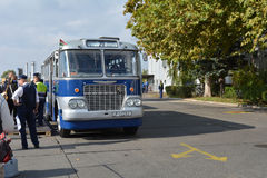 Día abierto del público en el garaje de 40 años Cinkota VII del autobús Imagenes de archivo