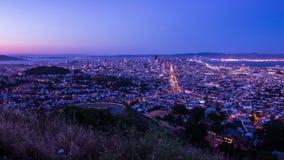 Día al lapso de la noche de San Francisco metrajes