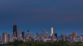 Día céntrico de Chicago al lapso de la noche metrajes