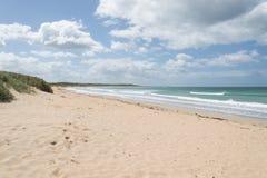 Día claro de la playa de Warrnambool Fotos de archivo libres de regalías