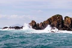 Día claro maravilloso en el mar imagen de archivo libre de regalías