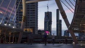 Día de Bangkok Skywalk al lapso de la noche almacen de metraje de vídeo