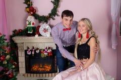 Día de fiesta alegre de la Navidad Feliz Año Nuevo Enhorabuena y regalos La Navidad, Fotografía de archivo libre de regalías