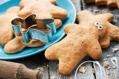 Día de fiesta de la Navidad del hombre de pan de jengibre y del Año Nuevo Foto de archivo libre de regalías