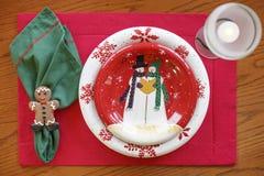 Día de fiesta de la tabla de la Navidad que cena el primer del arreglo del ajuste de la cena Foto de archivo libre de regalías