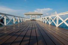 día de fiesta del viaje de la playa del mar del puente Imagen de archivo
