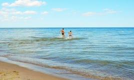 Día de fiesta en el mar Báltico, Polonia imagenes de archivo