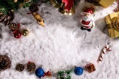 Día de fiesta de la decoración de la Navidad o Año Nuevo con Santa Claus y sn Imágenes de archivo libres de regalías