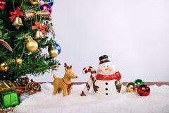 Día de fiesta de la decoración de la Navidad o Año Nuevo con Santa Claus y sn Imagenes de archivo