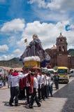Día de fiesta religioso en Cuzco, Perú Imagenes de archivo