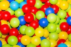 Día de fiesta, sitio de juegos de sociedad de los niños, una caja llenada Fotos de archivo