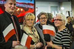 Día de la bandera en el parlamento polaco RP imagen de archivo