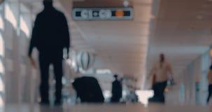 Día de la rutina del aeropuerto almacen de metraje de vídeo