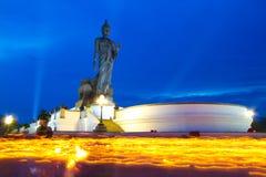 Día de Makha Bucha en el parque budista Fotos de archivo