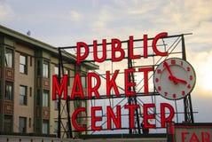 Día de mercado de los granjeros del lugar de Pike Imágenes de archivo libres de regalías