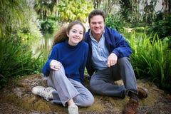 Día de padres junto en naturaleza Imagen de archivo libre de regalías