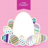 Día de Pascua para el huevo en diseño del vector Modelo colorido para los huevos Huevo colorido en fondo rosado Fotografía de archivo