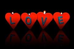 Día de tarjeta del día de San Valentín. Velas rojas. Imagen de archivo libre de regalías
