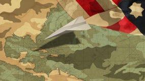 Día de veteranos Bandera de los E.E.U.U. del aeroplano mimética Fotografía de archivo libre de regalías