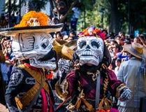 Día del desfile muerto de Dia de los Muertos en Ciudad de México - México fotografía de archivo libre de regalías