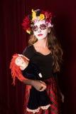 Día del niño muerto con la muñeca Fotografía de archivo